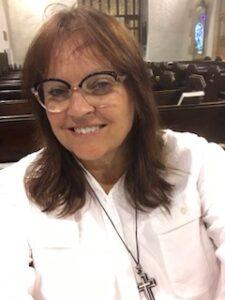 Reverend Lesley-ann Craddock